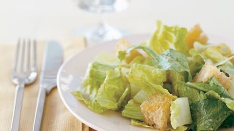 mare_caesar_salad_with_homemade_croutons_and_balsamic_dressing_h